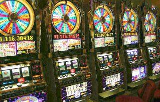 Origen Verdadero de las Maquinas de Juegos de Casino Tragamonedas