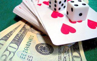 Experimente Jugar Blackjack y Disfrute en  los Juegos de Casino Y8