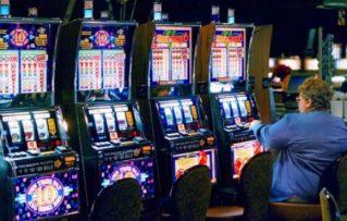 Cómo Funcionan los Juegos Mecánicos de Casino y  Máquinas Tragaperras